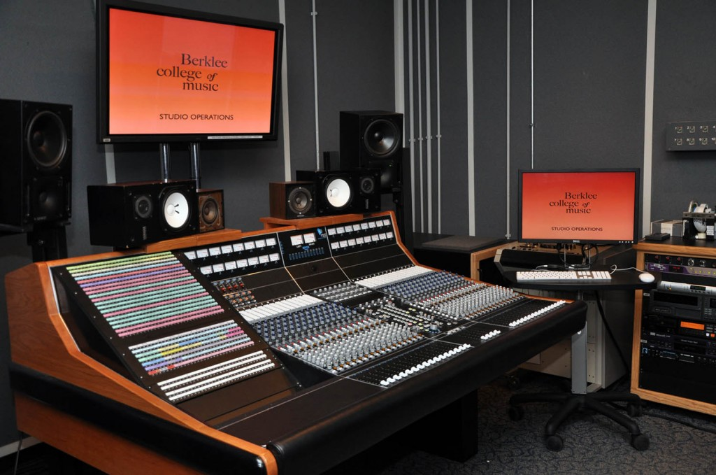 Love science and music? Become an audio engineer scientist!