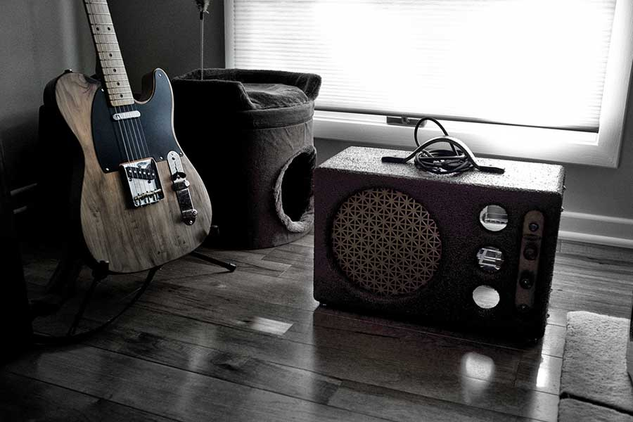 Differences between guitar tube amplifiers and solid state amplifiers